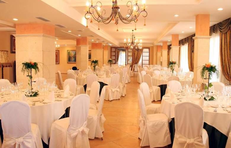 Mon Port Hotel Spa - Restaurant - 155