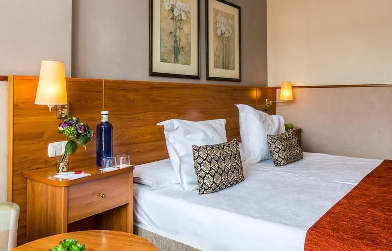 Leonardo Hotel Granada - Room - 9