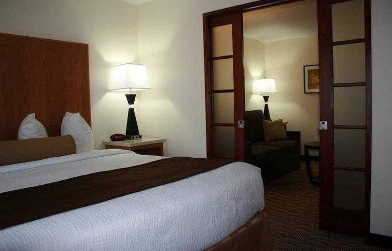 Best Western Plus Park Place Inn - Hotel - 8