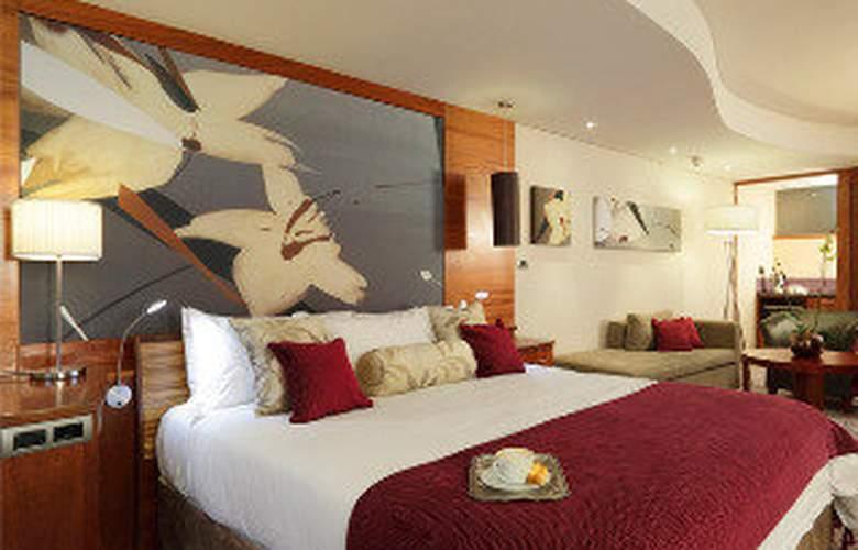 Moloko Strathavon Hotel - Room - 3