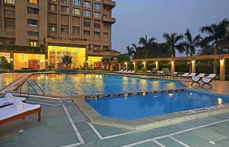 Eros Hotel Nehru Place New Delhi - Pool - 2