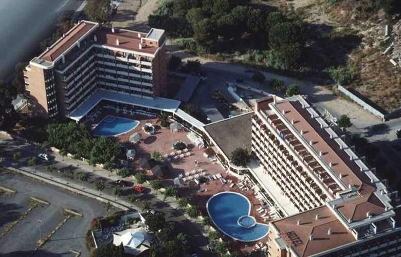 California Garden - Hotel - 6