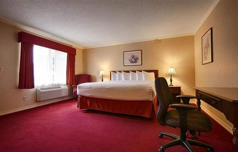 Best Western Lakewood Motor Inn - Room - 13