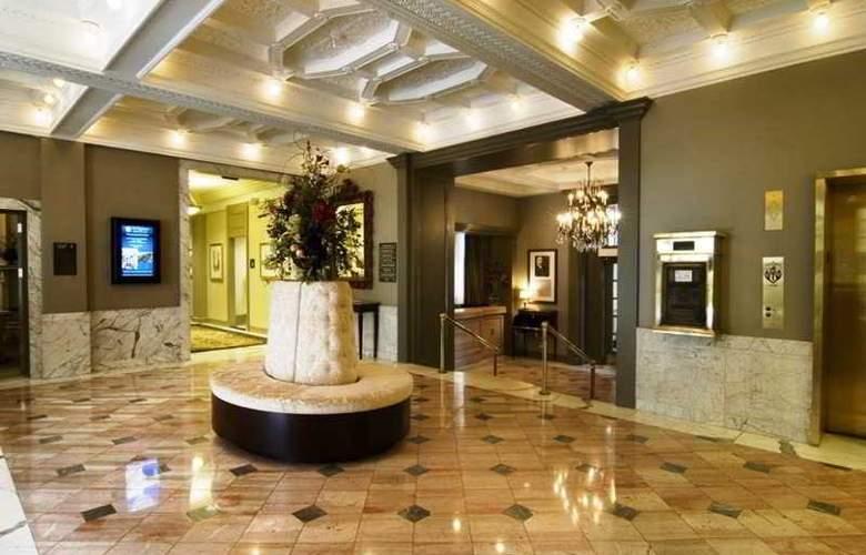Hampton Inn & Suites Birmingham Downtown Tutwiler - General - 9