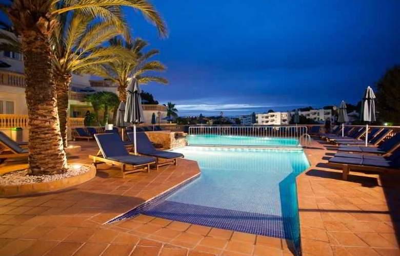 Azul Playa - Pool - 13