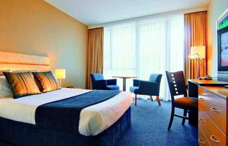 Watermark Brisbane - Room - 1