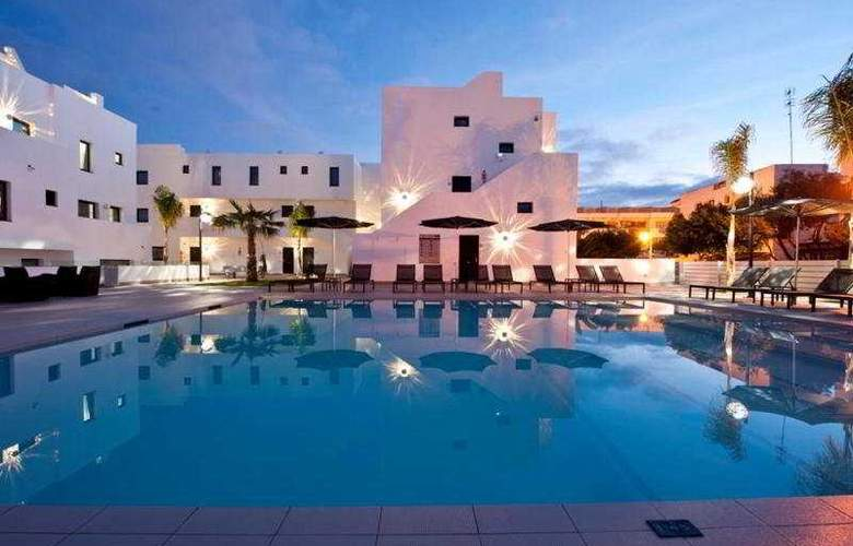 Migjorn Ibiza Suites And Spa - Pool - 8