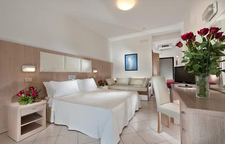 Cormoran - Hotel - 0