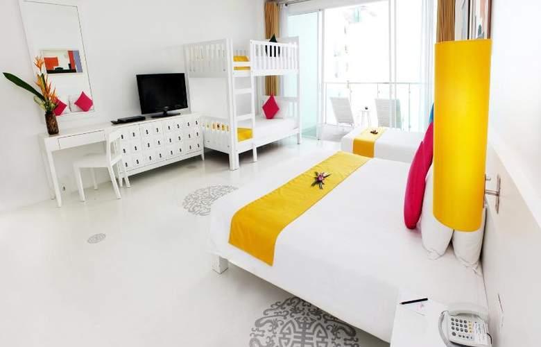 Old Phuket - Karon Beach Resort - Room - 15