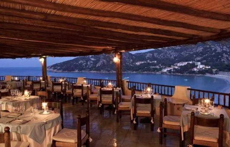 Club Hotel Baja Sardinia  - Restaurant - 19