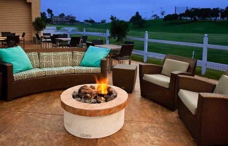 Residence Inn Oxnard River Ridge - Hotel - 11