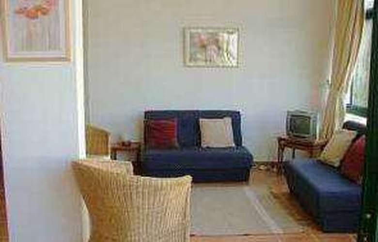 Apartamentos Quinta dos Pinheiros - Room - 3