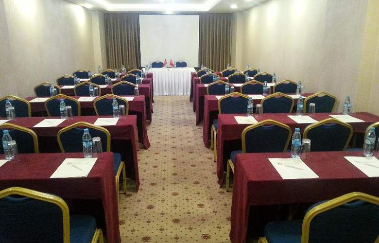 Golden Way Hotel Giyimkent - Conference - 12