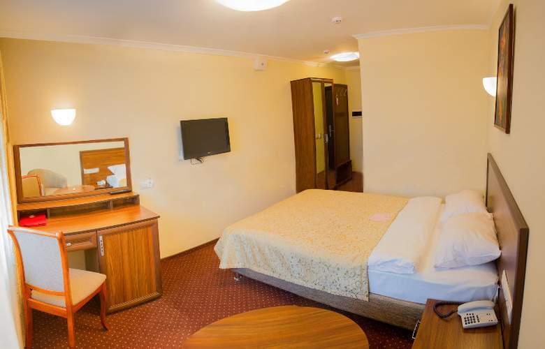 Bratislava - Room - 3