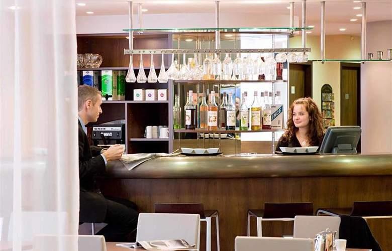 Novotel Suites Nice Airport - Bar - 20
