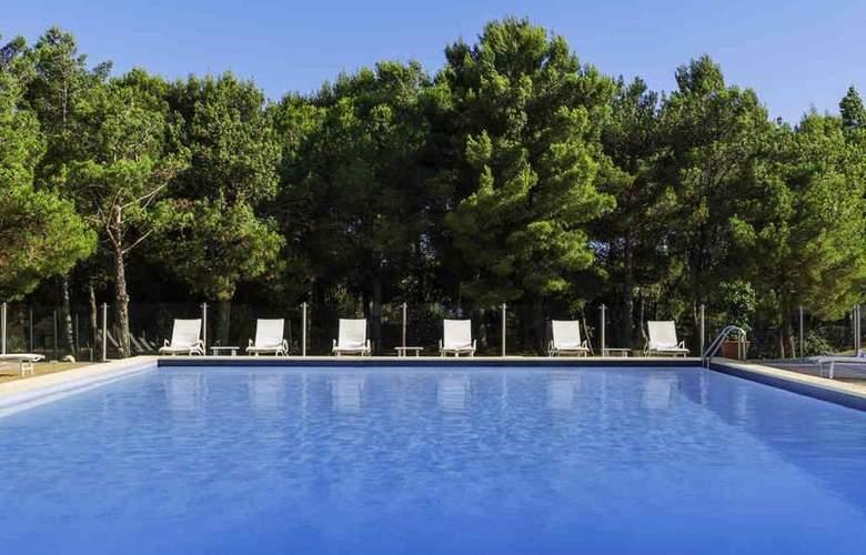 Pullman Marseille Provence Aeroport - Hotel - 32