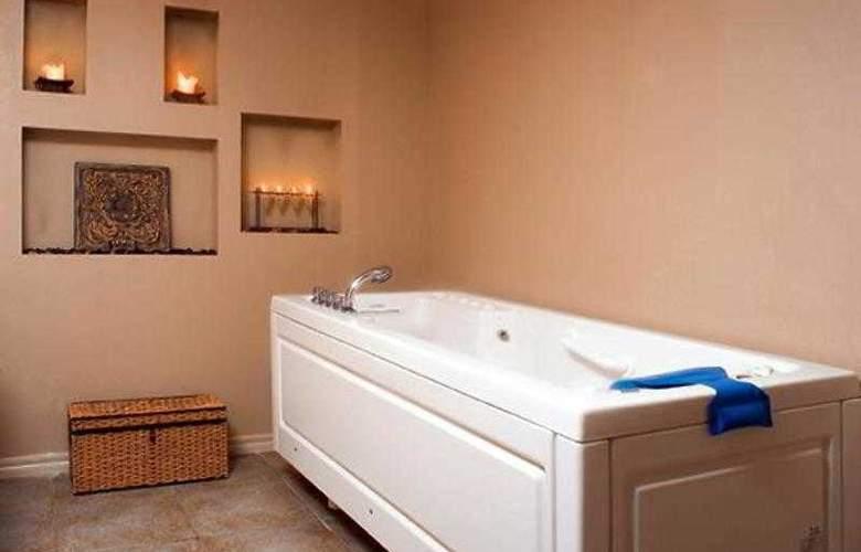 Marriott Tulsa Hotel Southern Hills - Hotel - 0