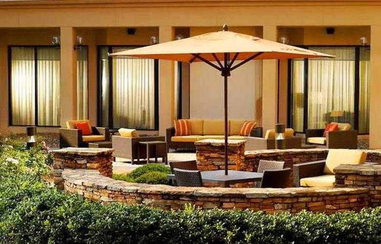 Courtyard by Marriott Atlanta Airport South/ Sulli - Hotel - 2