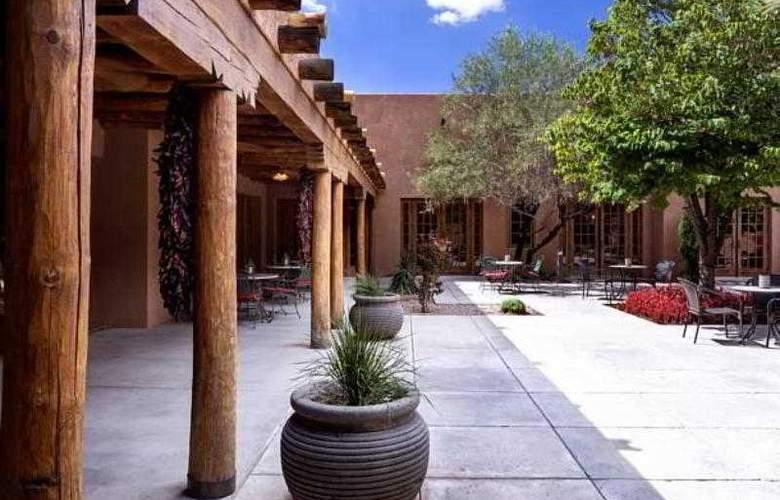 Courtyard Albuquerque - Hotel - 12