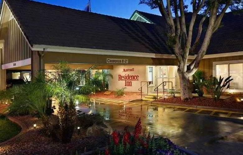 Residence Inn Phoenix - Hotel - 7