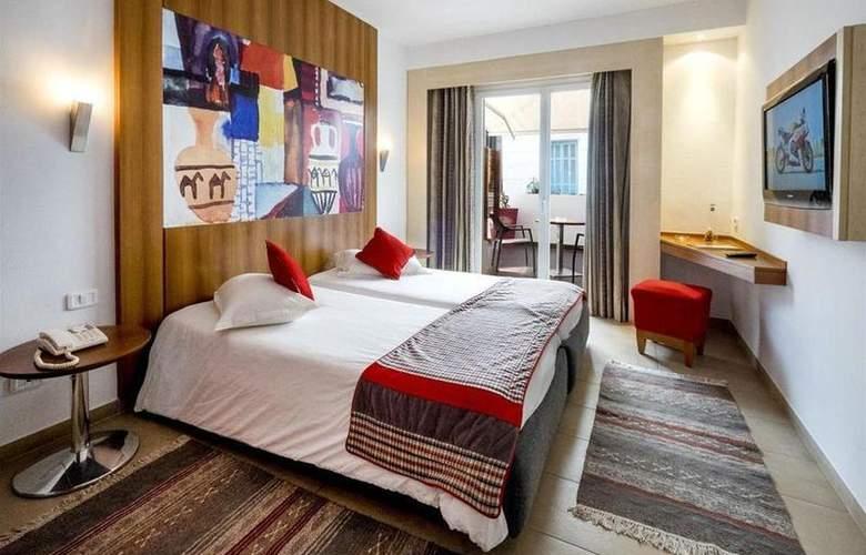 Carlton Tunis - Room - 10