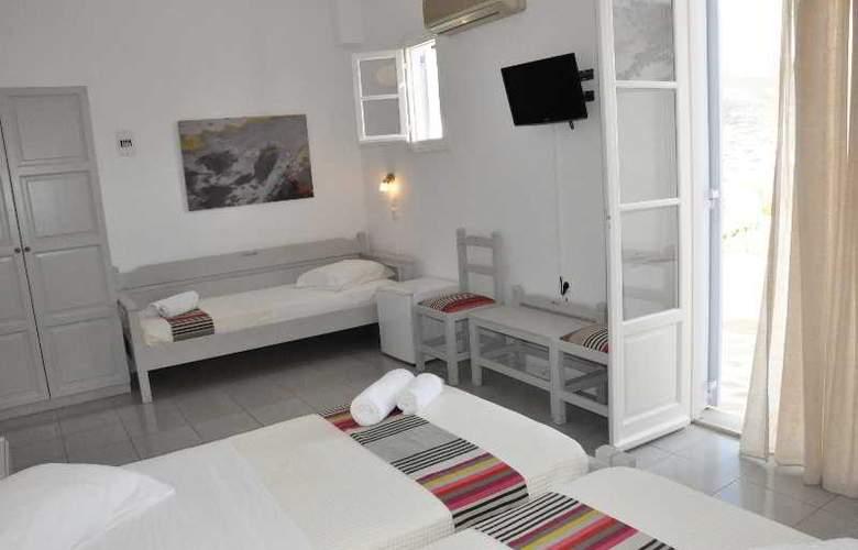 Akrotiri - Room - 13
