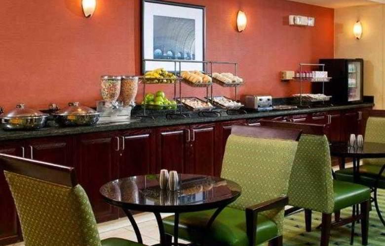 SpringHill Suites Herndon Reston - Hotel - 9