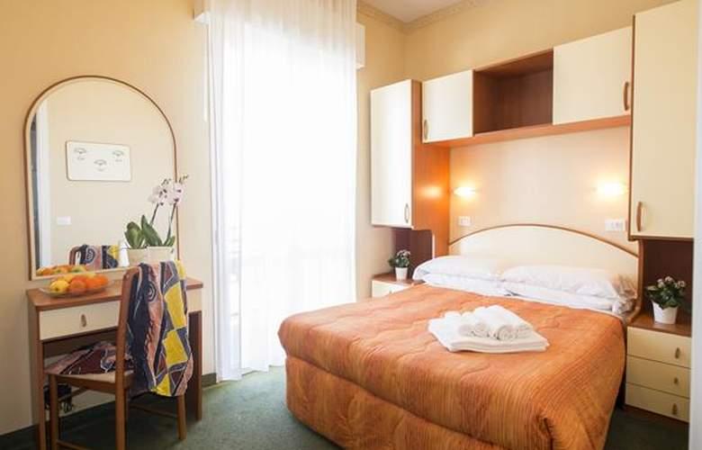 Crosal - Hotel - 3