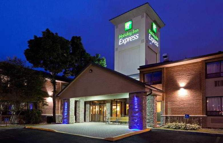 Holiday Inn Express Toronto East - Hotel - 9