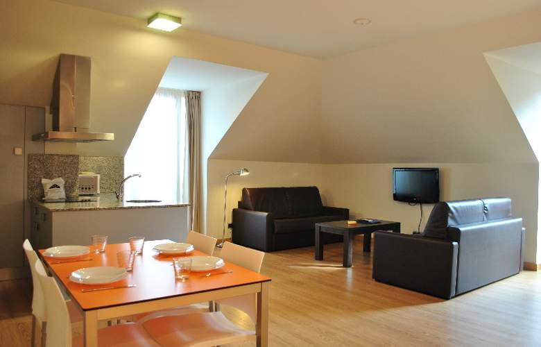 Maritimo Ris Apartamentos - Room - 8