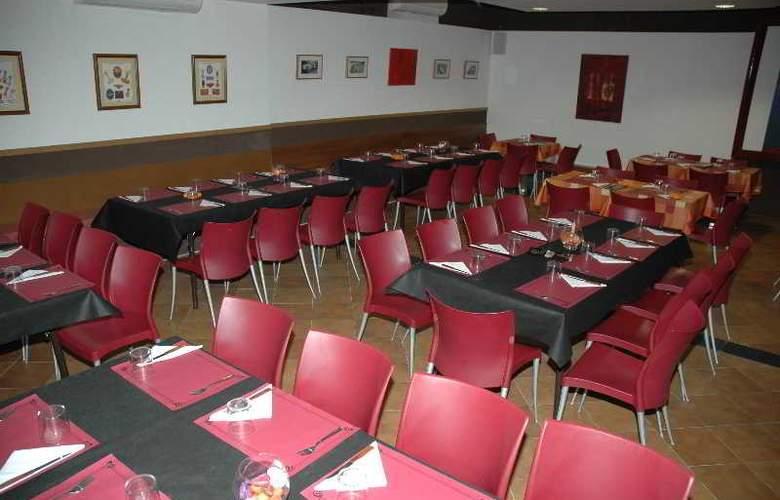 Palacios - Restaurant - 5