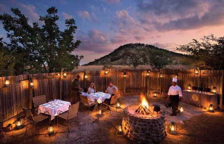 Kwa Maritane Bush Lodge - Restaurant - 11