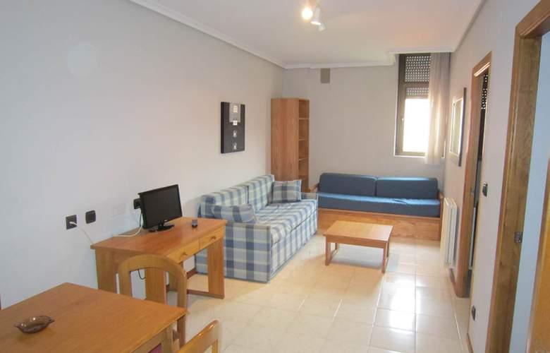 Apartamentos Turísticos Laredo Playa - Room - 4