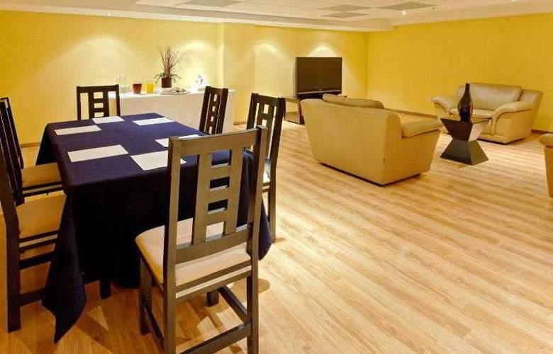 City Express Nuevo Laredo - Hotel - 15