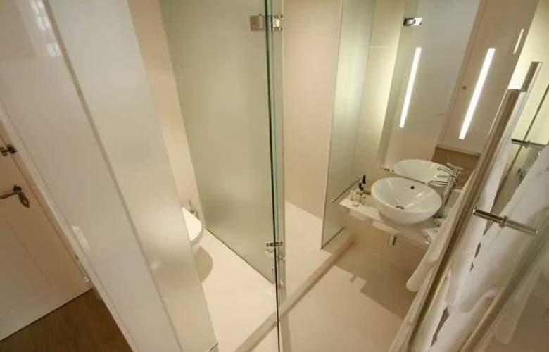 Three Storks Hotel - Room - 14