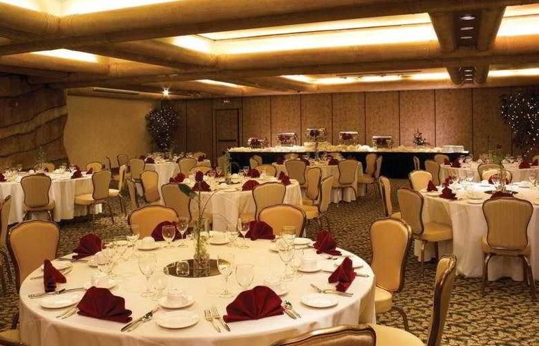 Fiesta Henderson Casino Hotel - Restaurant - 6