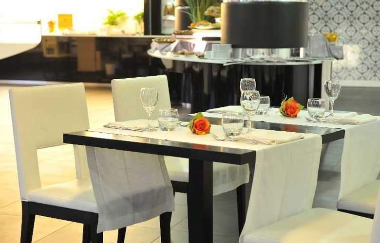 Holiday Inn Genoa City - Restaurant - 3