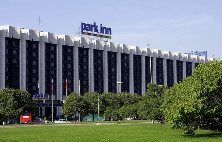 Park Inn Pulkovskaya - Hotel - 0