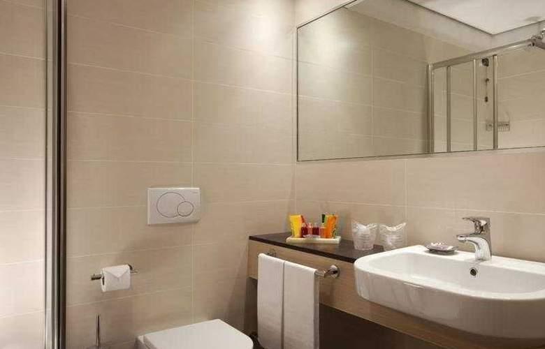 iQ Hotel Roma - Room - 5