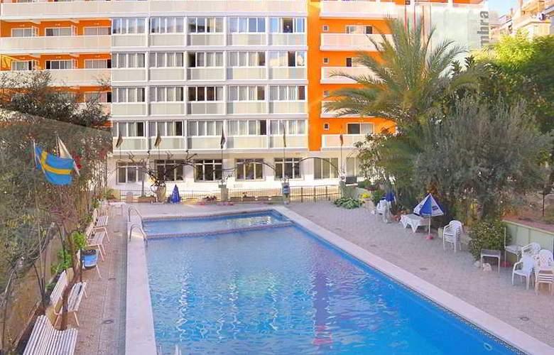 Sol y Sombra - Pool - 2