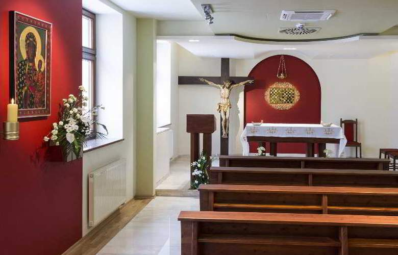 Domus Mater - Conference - 17