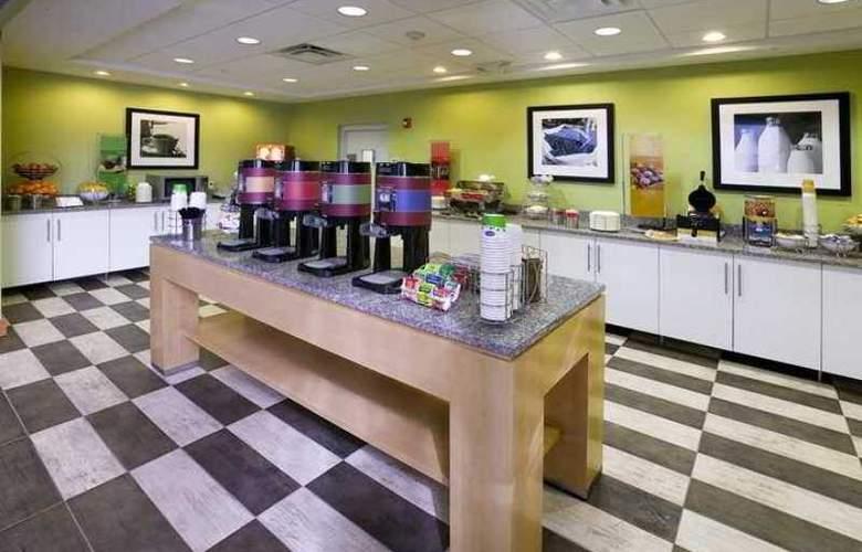 Hampton Inn & Suites Sarasota/Bradenton-Airport - Hotel - 13