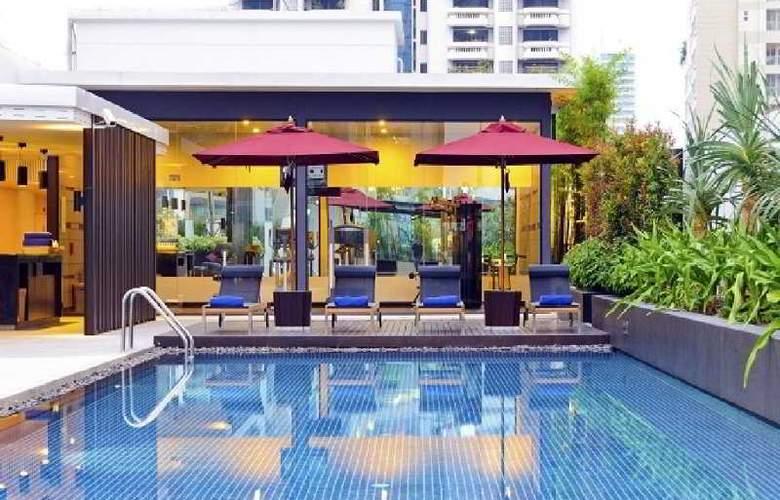Park Plaza Bangkok Soi 18 - Pool - 7