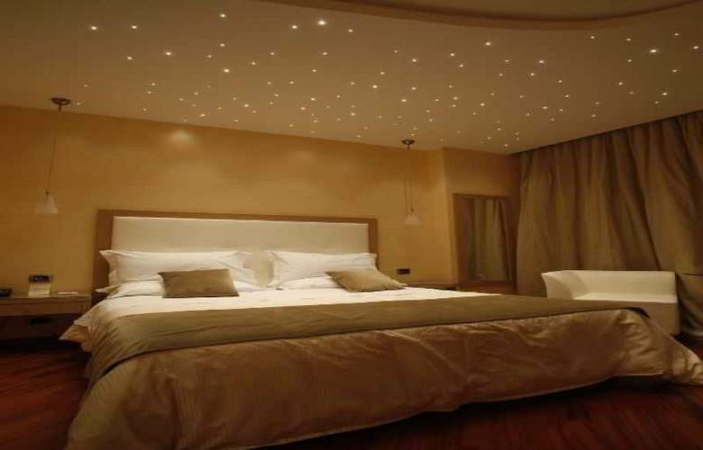Villa Esperia - Room - 5
