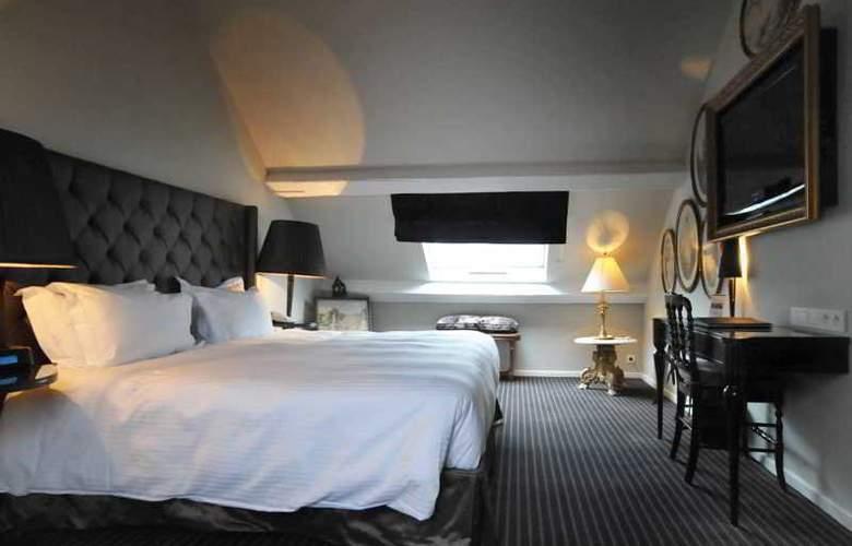 Manos Premier Hotel - Room - 1