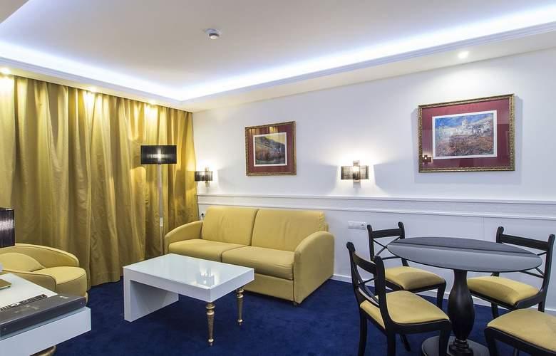 Diana Parc - Room - 0