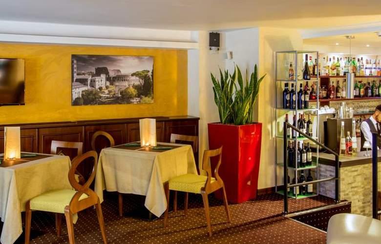 Hotel Oxford - Restaurant - 11