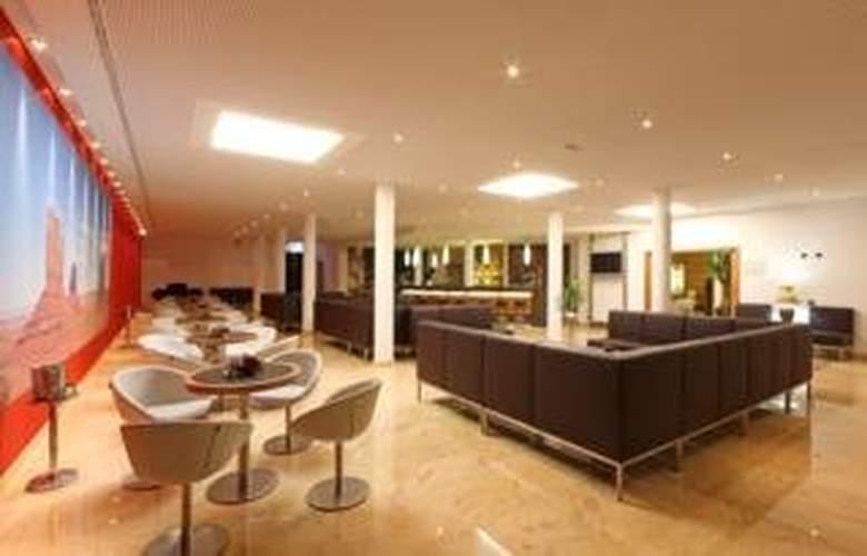 Coronado Hotel - Bar - 5