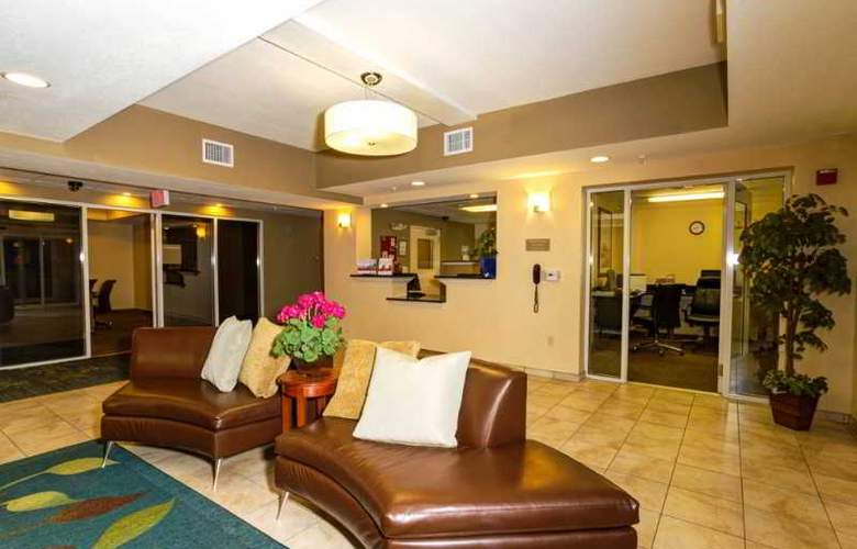 Candlewood Suites Fort Myers - General - 1