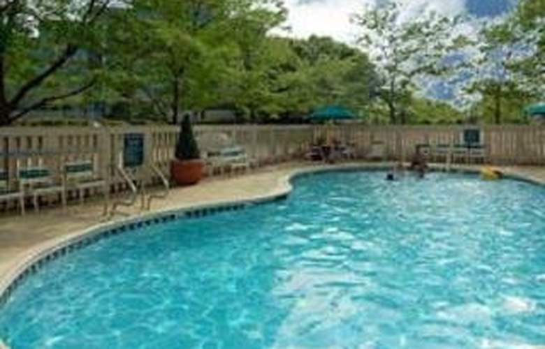 La Quinta Inn Chicago - Arlington Heights - Pool - 3